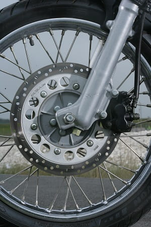280mm disc on the front with telescopic forks