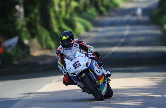 Bruce Anstey holds the lap record