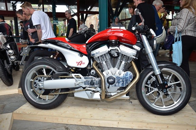 Krazy Horse's Avinton with 1640cc S&S V-twin