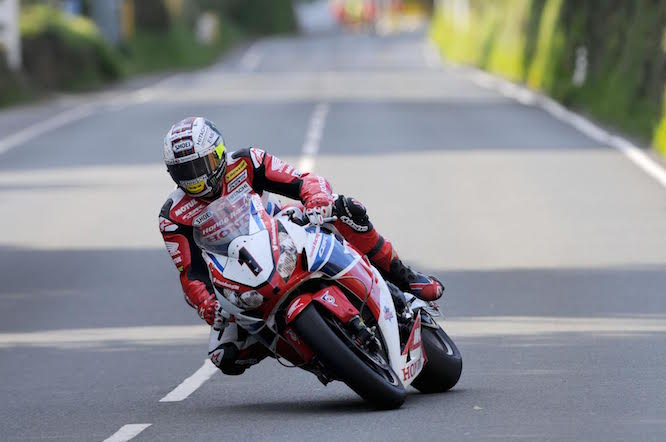 Isle of Man TT practice got underway tonight