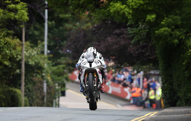 Dunlop will ride BMW at this year's TT