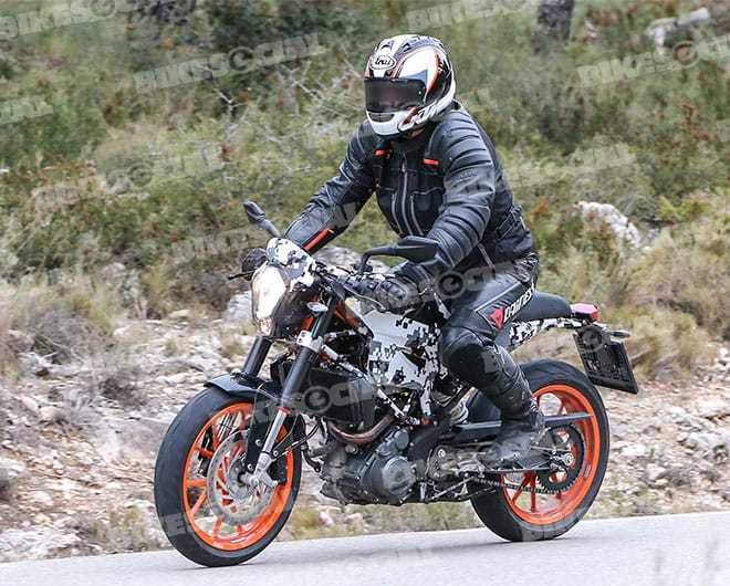 The KTM Duke 390 inspiration is easy to see
