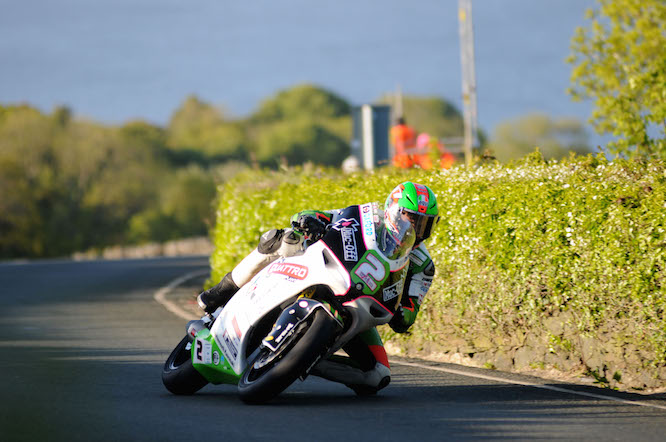 Hillier took the lap record