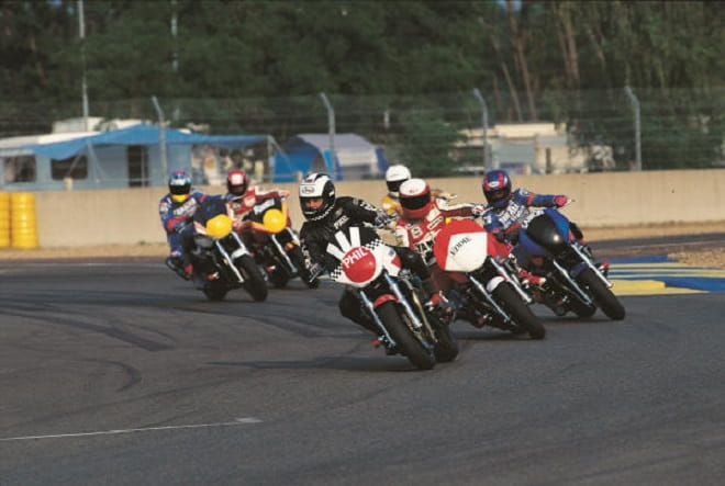 Modified XJR1200's with Phil Read leading