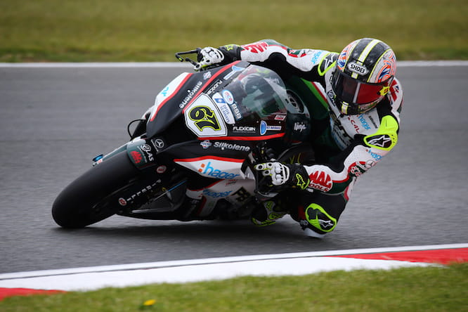 Byrne cruised to pole in the wet at Snetterton