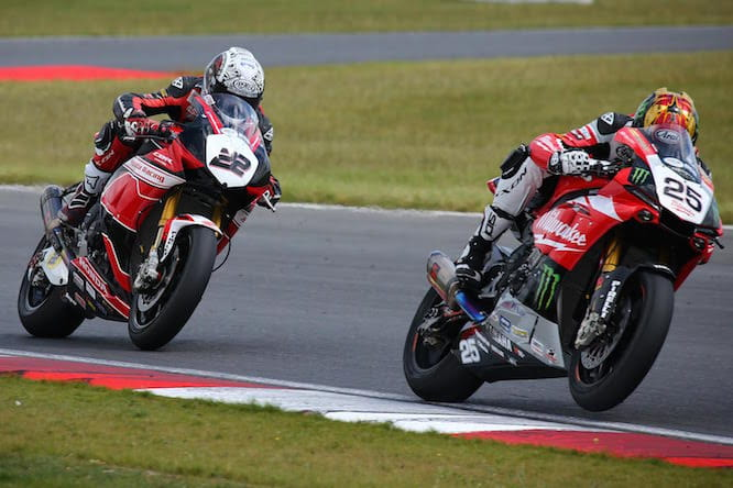 O'Halloran and Brookes fought it out for race two