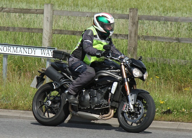 Standard 2016 Triumph Speed Triple