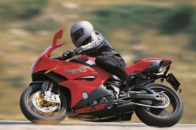 Benelli Tornado Novecentro Tre can be snapped up today for an amazingly low price