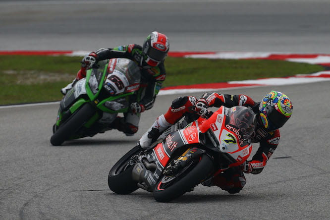 Davies held Rea off in race two
