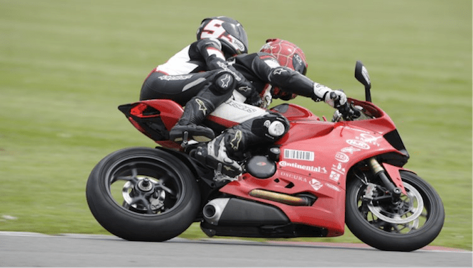 Pillion rides with the Californian Superbike school