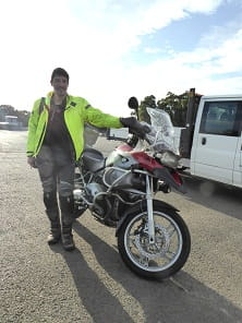 Keeping to the spirit of the event, Tom rode his BMW R1200GS to the track, had a great day thrashing round, then set off on a 200 mile trip down to London in the evening. He uses his bike every day, all year round. This was his first time at Oulton.