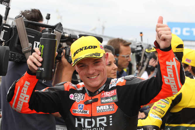 Sam Lowes will stay in Moto2 next season