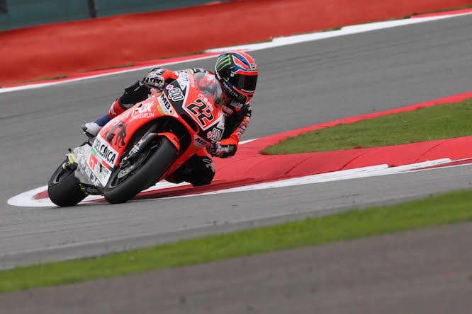 Lowes on his way to pole at the British Grand Prix