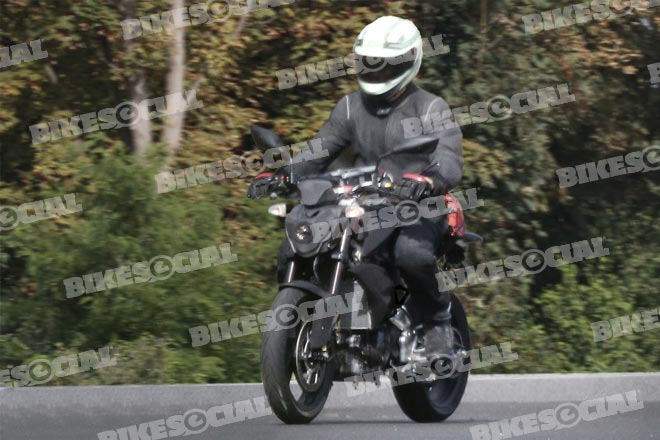 Spy shot of small capacity single-cylinder BMW in testing from January 2015