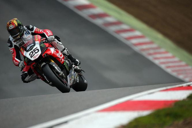 Brookes takes pole ahead of the final round
