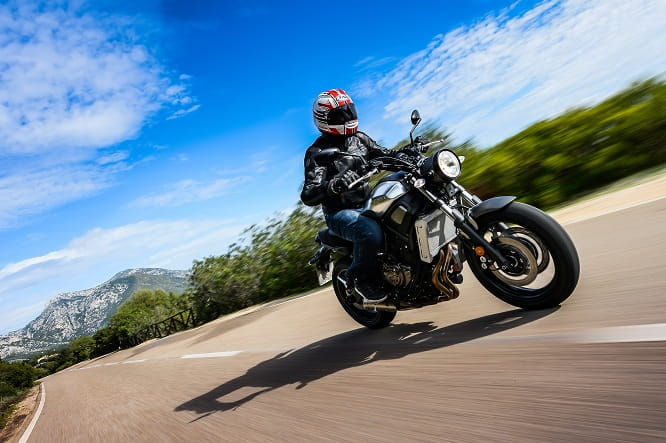 Yamaha XSR700; mixing sport heritage with modern technology