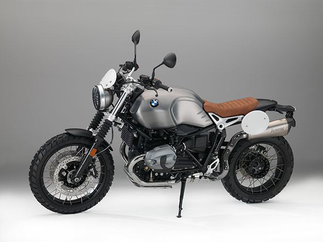 At the rear the subframe is removable with an optional single seat available and the new twin exhaust is high-level to highlight the Scrambler vibe and tucked in neatly. An optional single Akrapovic.