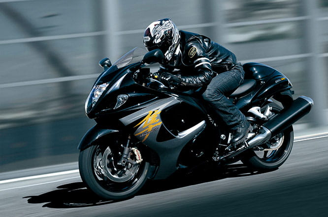 Hayabusa went up from 175 to 194bhp in 2007