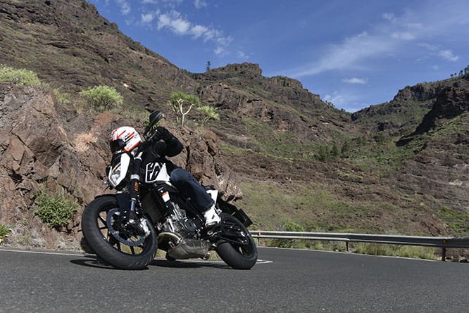 KTM 690 DUKE - at home on Gran Canaria's twisty mountain roads