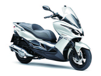 Standard Kawasaki J125 available in two colours: Metallic Anthracite Black or Metallic Frosted Ice White