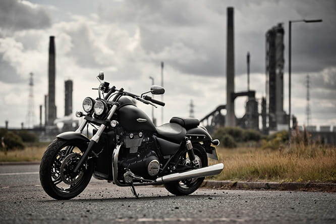 The 1700cc twin in the Triumph Thunderbird offers a whole heap of torque
