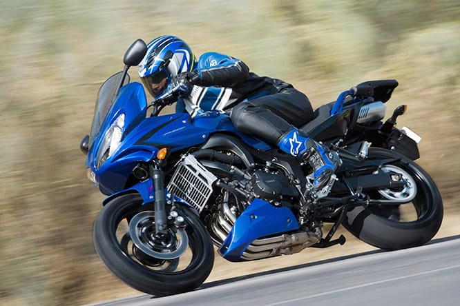 Yamaha FZ6-NS 600 Fazer motorcycle luggage rack | Ventura MCA