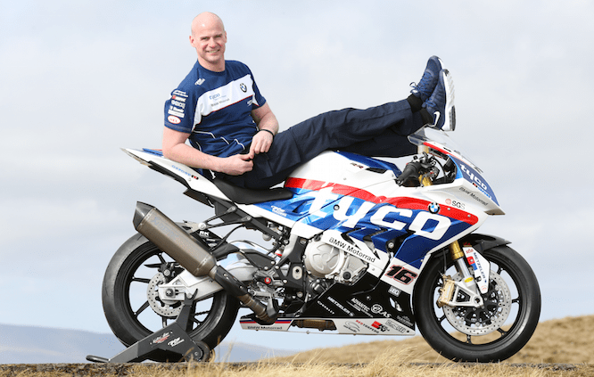 Farquhar joins Tyco BMW for the 2016 TT