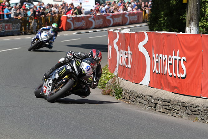 K-Tech equipped rider Ian Hutchinson at the TT last year.