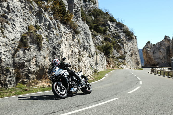 Rewardingly easy ride with sharp throttle response