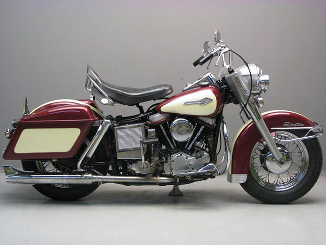 An electric starter plus other 'Glide' designated models lead to the ElectraGlide name