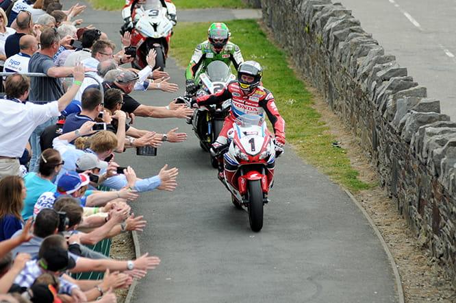 Isle of Man TT 2016: Full Practice & Race Schedule