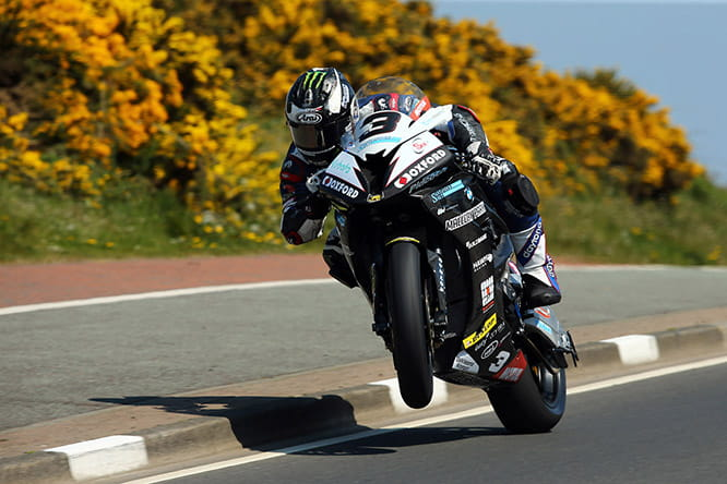 Michael Dunlop in the superbike race