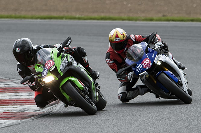 All new ZX-10R v. R1 on track at Silverstone