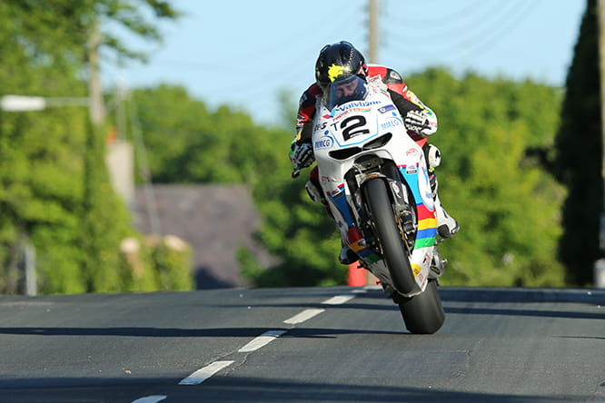 Bruce Anstey during Wednesday practice on the Honda RC213V-S