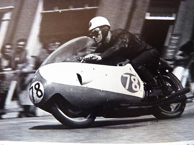 Bob McIntyre - the first man to lap at over 100mph