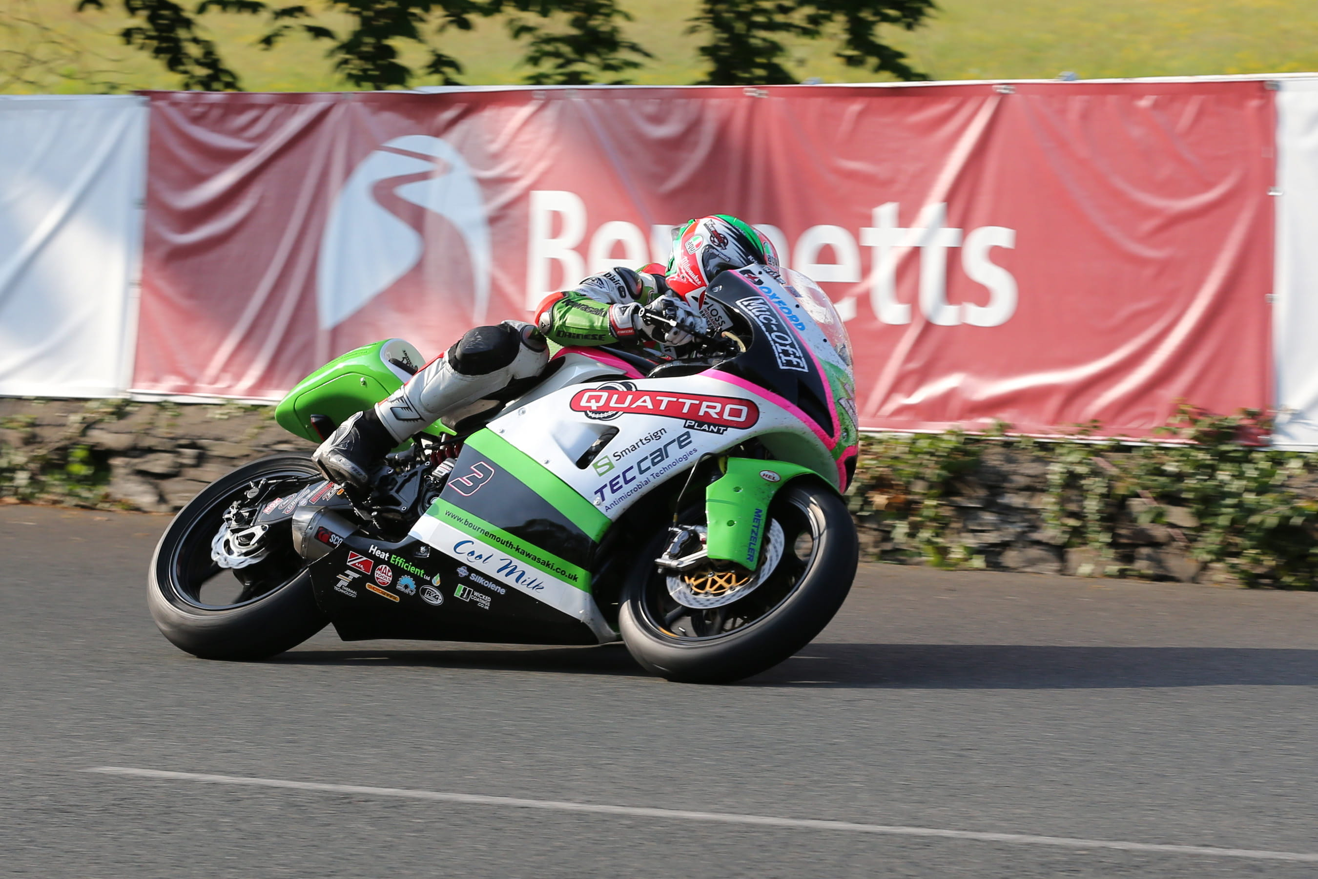 Hillier led early on