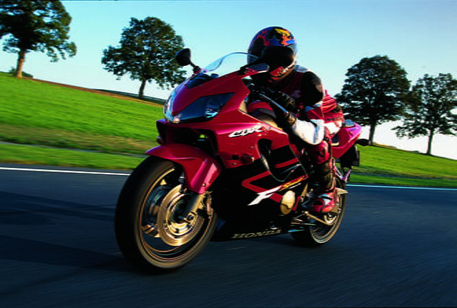 A sportier CBR which lead the way for the CBR600RR