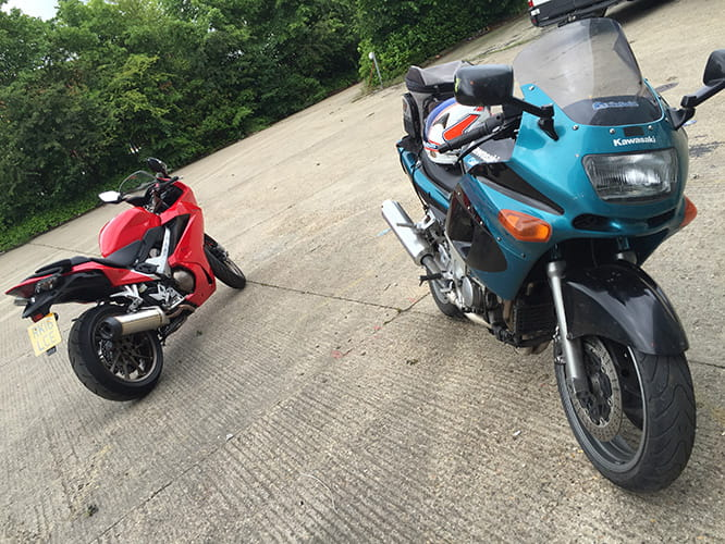 Sports Touring: old vs new as the ZZR600E gets traded in for an VFR800 for a couple of days