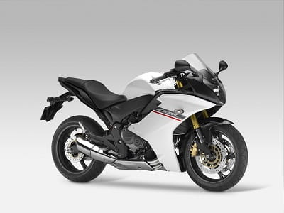 2011/2012 Honda CBR600F brought the do-it-all ability back to the CBR600 range