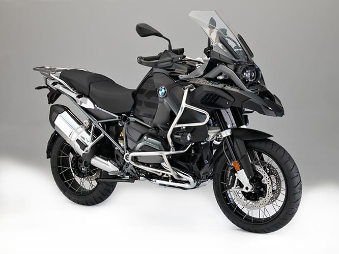 2017 BMW R 1200 GS Adventure 'Triple Black'